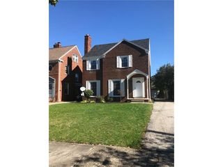 3721 Glencairn Rd, Shaker Heights, OH