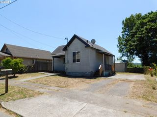 218 Maple St, Myrtle Pt, OR