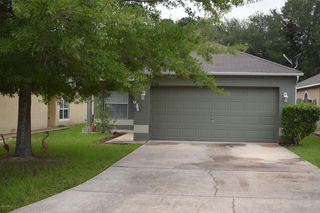 8340 Oak Crossing Dr W, Jacksonville, FL