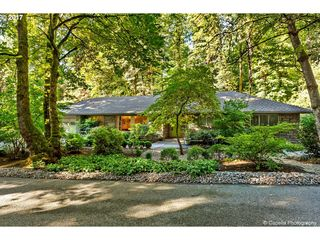 236 Pine Valley Rd, Lake Oswego, OR