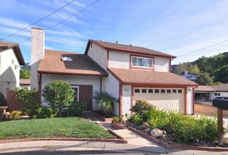 126 Beech Rd, Thousand Oaks, CA