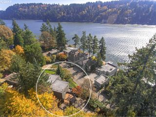 2983 Lakeview Blvd, Lake Oswego, OR