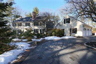 36 Claypit Hill Rd, Wayland, MA