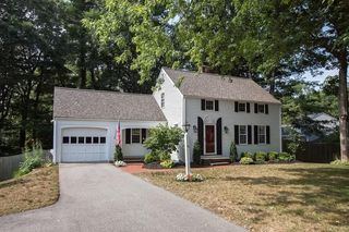 38 Independence Ln, Hingham, MA