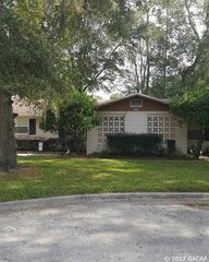 3705 NW 45th St, Gainesville, FL