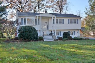 30 5th St, Midland Park, NJ