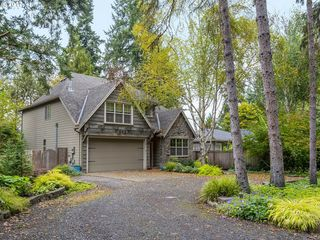 643 Ash St, Lake Oswego, OR