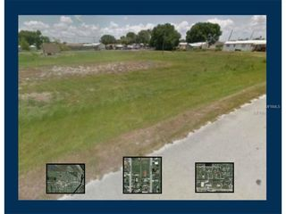206 Pinecrest Avenue NW, Moore Haven FL