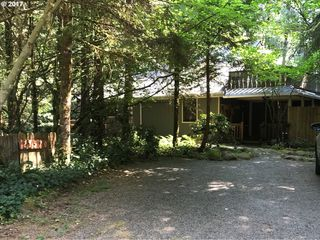 21570 East Hackett Creek Court, Rhododendron OR