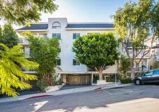 1129 Larrabee St #11, West Hollywood, CA