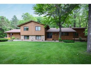 8854 168th Ln NE, Forest Lake, MN