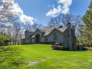 72 Howland Rd, South Kent, CT
