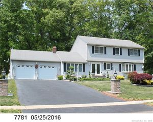 157 Langford Ln, East Hartford, CT