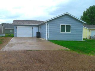 113 Garden Dr, Washburn, ND