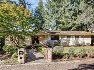 2155 Ridgewood Rd, Lake Oswego, OR