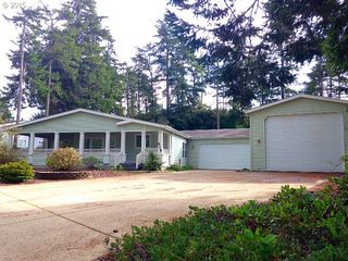 619 38th Pl, Florence, OR