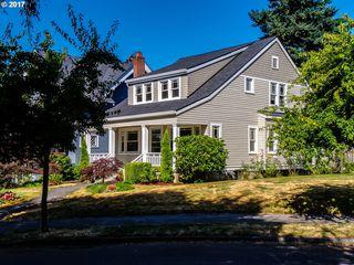 1711 Southeast Locust Avenue, Portland OR