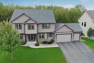 650 Woodland Way, Eagan MN