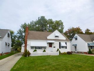 397 E 308th St, Willowick, OH