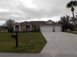 2907 Serenity Cir S, Fort Pierce, FL