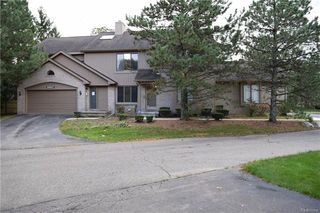 29687 Sierra Point Cir, Farmington Hills, MI
