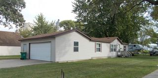 80 9th St NE, Independence, IA