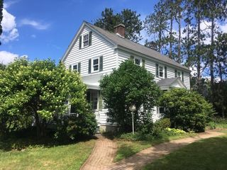 113 Seamans Rd, New London, NH