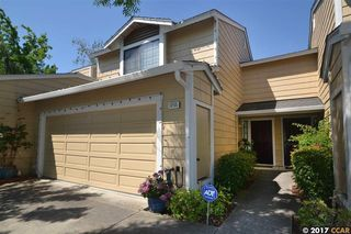 1255 Oak Ridge Ln, Pinole, CA