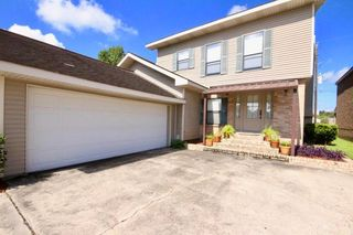 137 Kenneth Boagni Sr Dr, Opelousas, LA