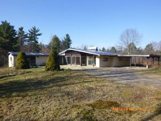 207 Lake Rd, Ashburnham, MA