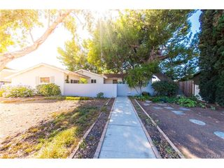 466 W Campus View Dr, Riverside, CA