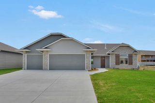 969 Cedar Brook Circle, Mulvane KS
