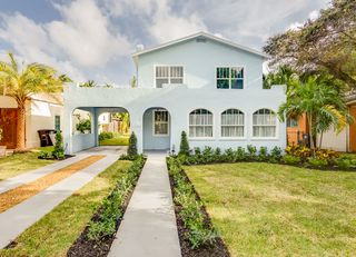 738 Biscayne Dr, West Palm Beach, FL