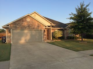 6308 Hickory Ln, Fort Smith, AR
