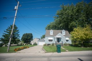 109 W Pleasant St, Iron Ridge, WI