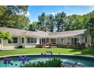 6 Willow St, Dover, MA