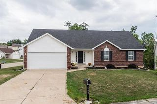 992 Reddington Timbers Cir, Saint Charles, MO
