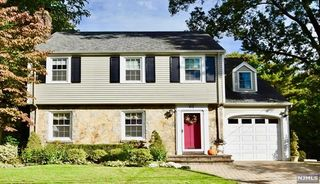 61 Windsor Rd, Tenafly, NJ