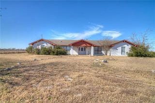16606 County Line Rd, Elgin, TX