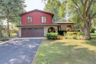 13N368 High Chapparal Court, Elgin IL