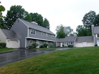 21 Old Towne Rd, Cheshire, CT