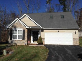 304 Witness Tree Ct, East Stroudsburg, PA