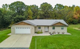 400 Laura Ct, Wrightstown, WI