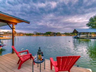 745 Sandy Mountain Dr, Llano, TX