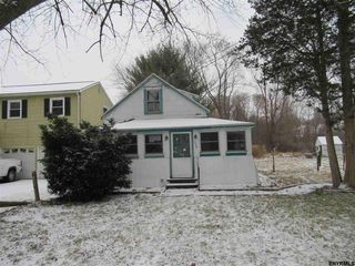 329 Butterfield Ave, Alplaus, NY