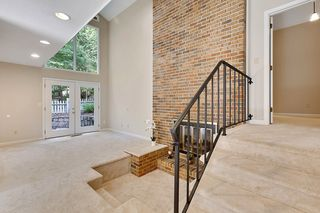 225 Lakeview Ridge West, Roswell GA
