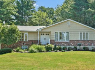 11 Edsam Road, Valley Cottage NY