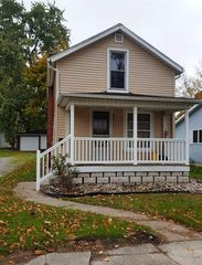 217 Burnam St, Kendallville, IN