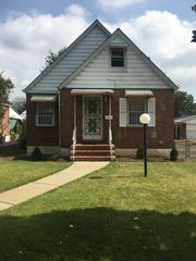 11939 227th St, Cambria Heights, NY