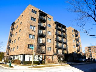 414 Clinton Pl #603, River Forest, IL
